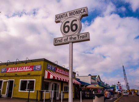 Santa Monica, CA ─ Santa Monica End Sign