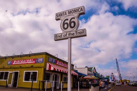 Santa Monica End Sign