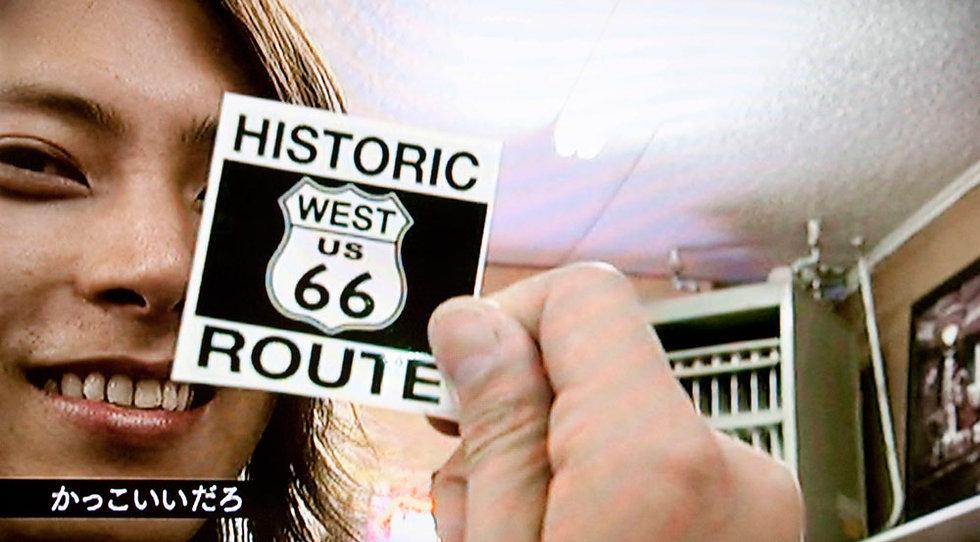 ルート66「WEST」のステッカー(Lサイズ)