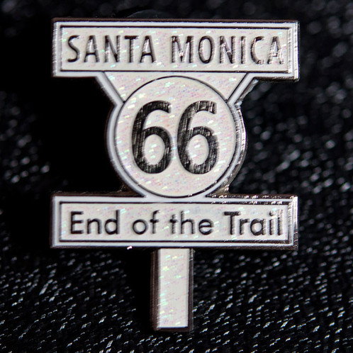 route66 end of the trail サンタモニカのピンバッジ