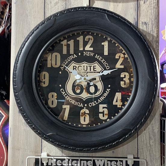 タイヤ型掛け時計