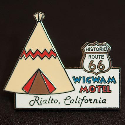 Wigwam Motel「オリジナル・ティピー・ピンバッジ」