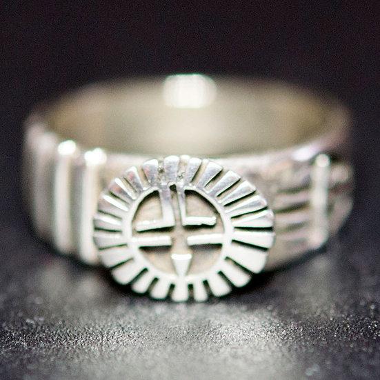 銘:Floyd Namingha Lomakuyvaya 幸福の象徴,命の源を表す「サンフェイスとベアバウのリング(#14)」