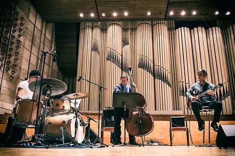 Andrej_Urminský_Trio_-_Slovenský_rohla
