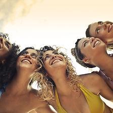 beautiful-best-friends-bikini-2098178_ed