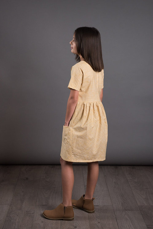 The Avid Seamstress - Gathered Dress (Childrens)