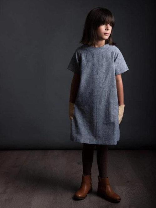 The Avid Seamstress - The Raglan Dress (Childrens)