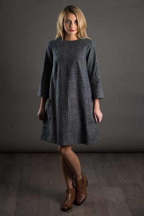 The Avid Seamstress - Raglan Dress