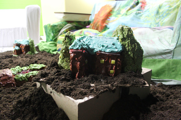 Installation detail:sponge cake, icing, jelly, sweets, soil