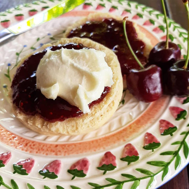 Scones made with Vutter