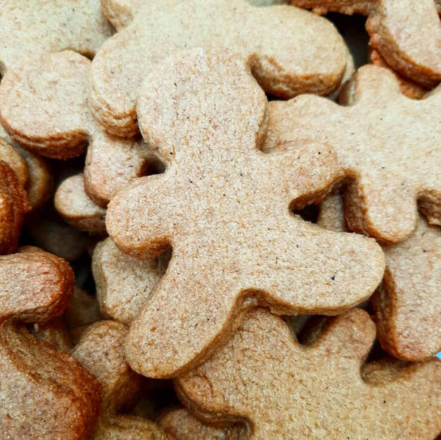 Ginger bread people made with Vutter