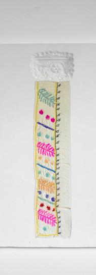 17, Altbau V, 30x35cm, Fabric, Lace and
