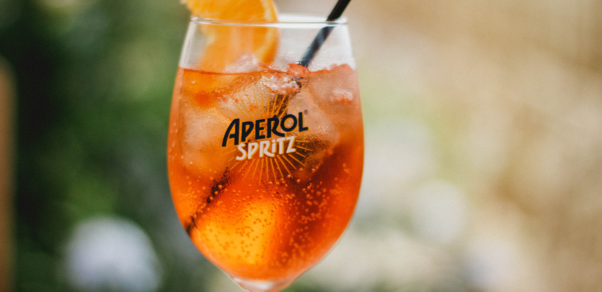 alcohol-aperol-spritz-beverage-1280364.j