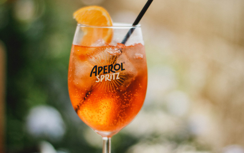 alcohol-aperol-spritz-beverage-1280364.j