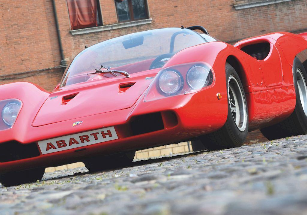 f07cd5051 Settant'anni nel segno dello Scorpione Automotoretrò celebra la leggenda  Abarth