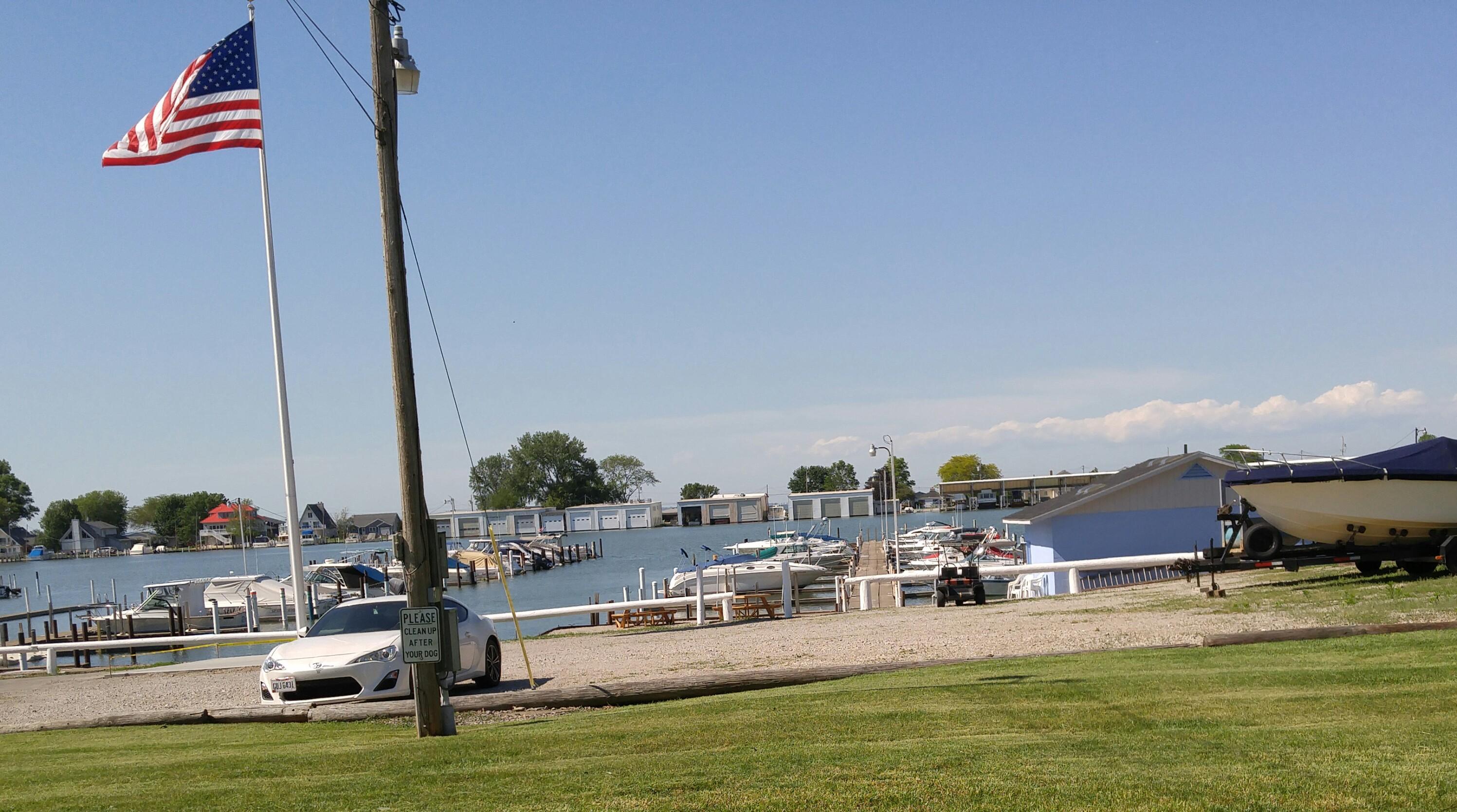 North Shore water boating image