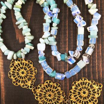 Jewelry - Opalite and quartz necklace