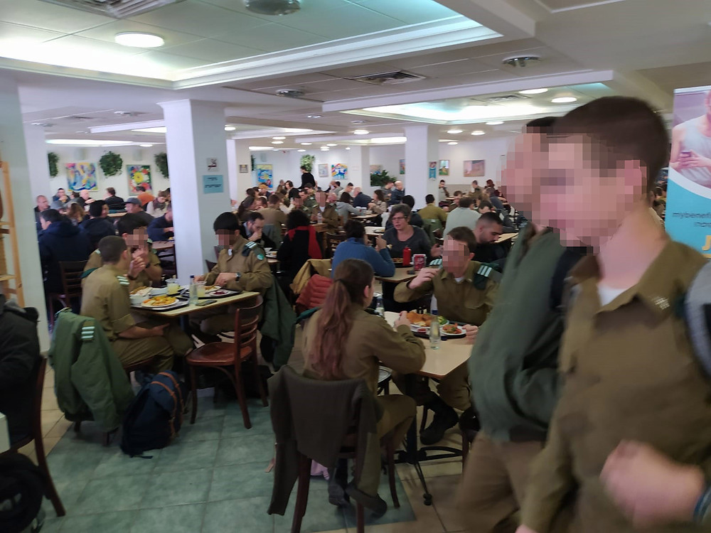 Soldiers-students at the Frank Sinatra Cafeteria