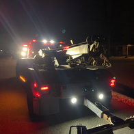 Tow Truck in Indianapolis IN United State, Towing Near Me, Chuckles Rescue