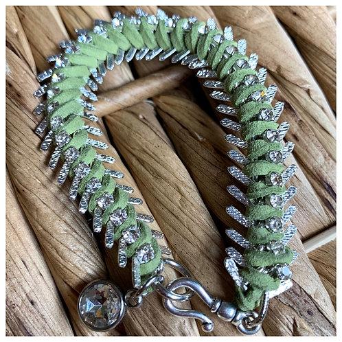 Rhinestone Fishbone Chain Bracelet