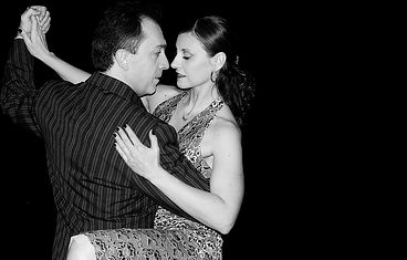 Gustavo&GiselleB&W.jpg