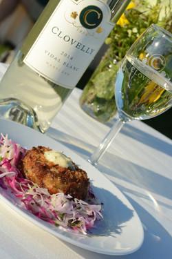Loblolly Photography Crabcake & Wine