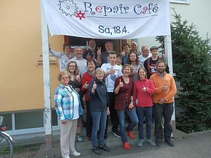RepairCafe201504-1.jpg