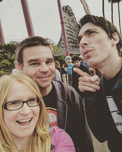 Six Flags Discovery Kingdom!  With _mcl1080  and Scott! #sixflags #discoverykingdom #rollercoasters