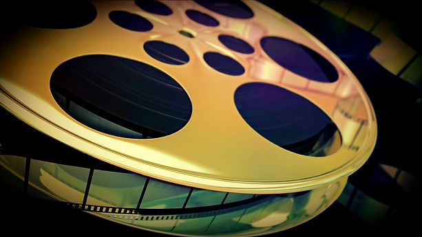 spinning-film-reel_efpmeyc5e__D_Moment_e