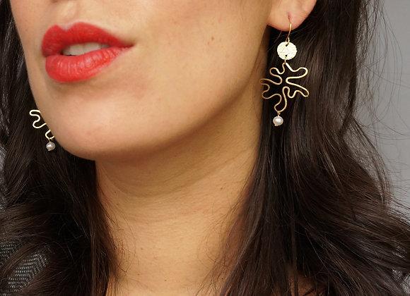 WS- Squiggly Amoeba + Pearl Earrings