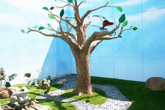 Rady's children's hospital hypoallergenic mosaic garden