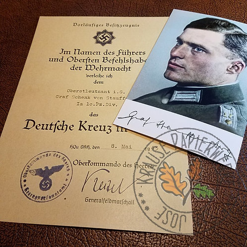Klaus Schenk von Stauffenberg - Geman Cross citation and color signed photo