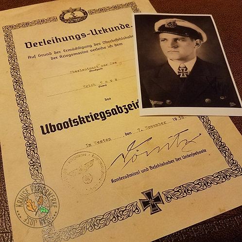 Erich Topp - U-Boot-Kriegsabzeichen (Submarine War-Badge) award certificate/citation/document. With autographed photo.