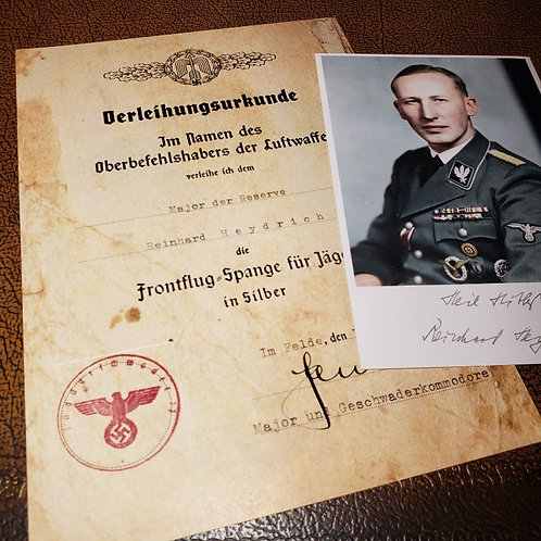 Reinhard Heydrich's Front Flying Clasp in Silver (Frontflugspange) signed by the Luftwaffe Major Gotthard Handrick + photo