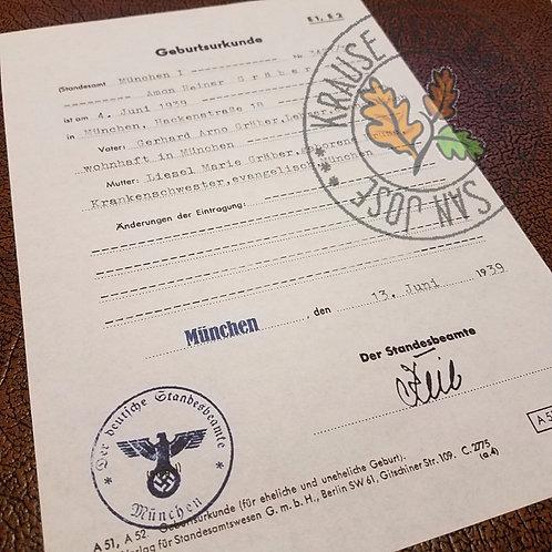 Filled out reproduction of Nazi Era German birth certificate - Geburtsurkunde - München
