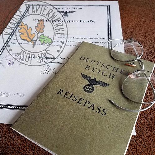 Perfect reproduction of the German passport from Third Reich (Deutsches Reich Reisepass) - cover, from Krause Papierwerke