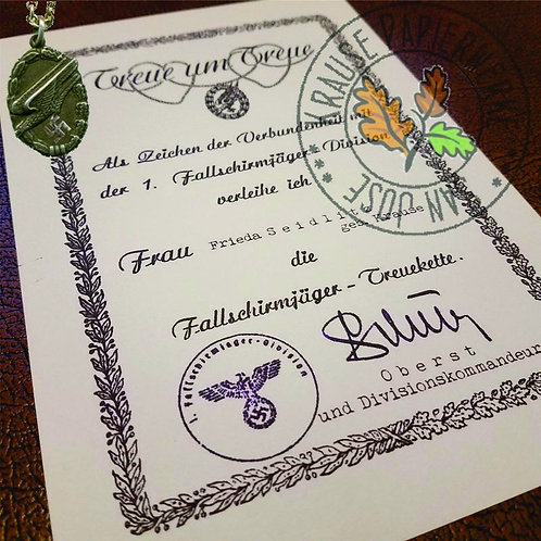 Paratrooper Loyalty Pendant award certificate (Fallschirmjäger Treukette Verleihungsurkunde) - from Krause Papierwerke