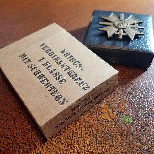 War Merit Cross 1st class with swords (Kriegsverdienstkreuz mit Schwertern) award paper carton (box)