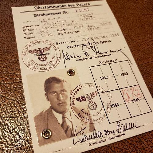 Wernher von Braun in service of Nazi Germany - Oberkommando des Heeres Dienstausweis (photo ID)