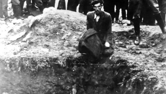 Jew executed by a German boy
