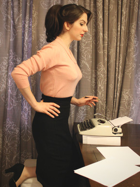 Stanwyck Skirt in Black Wool