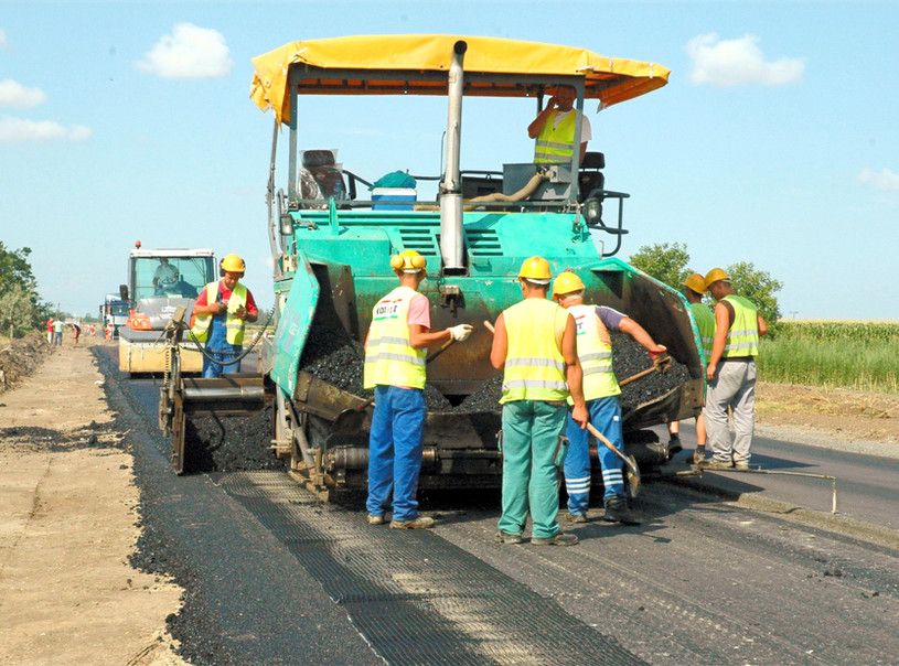 Widening of nr. 47 main road pavement