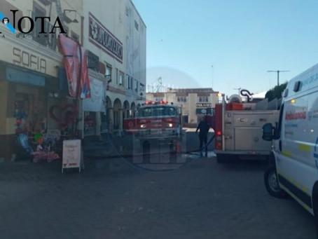 HOMBRE CON QUEMADURAS DE TERCER GRADO TRAS INCENDIO EN CUARTO DE HOTEL