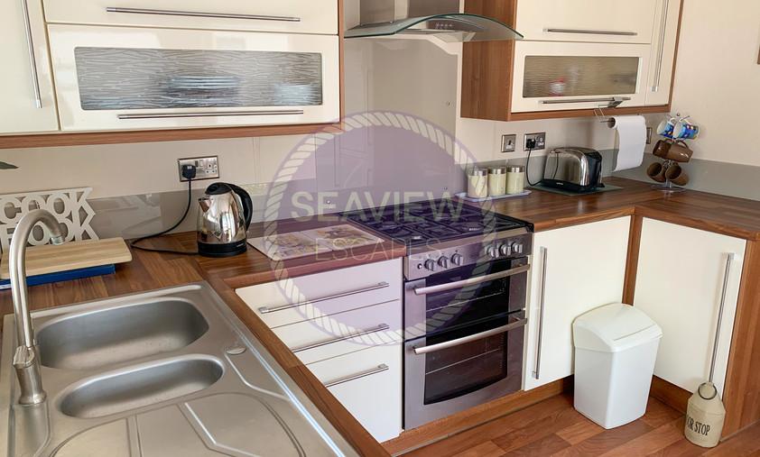CP52_kitchen.jpg