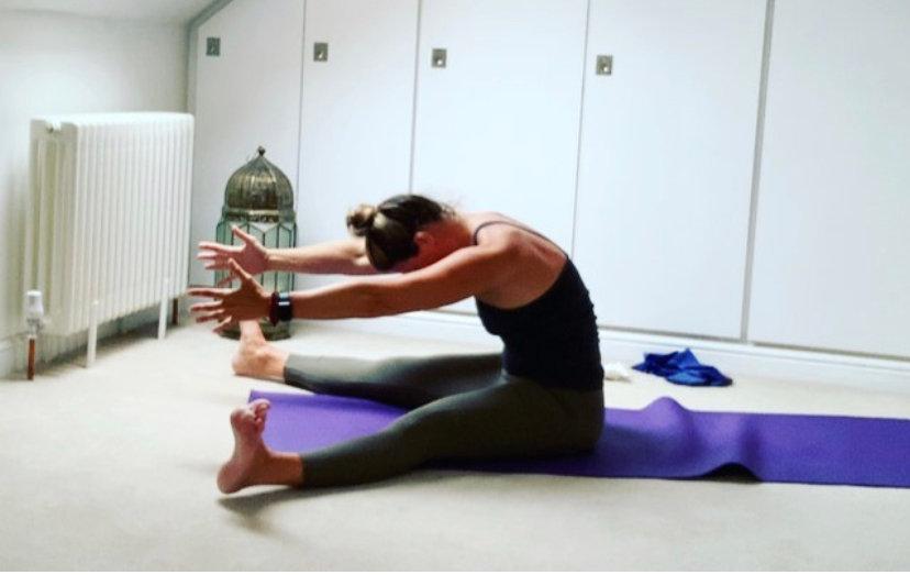 Zoom Pilates & Stretch with Carolyn