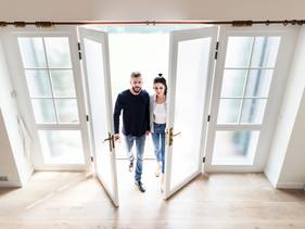 ¿Qué hay que saber a la hora de comprar una vivienda en pareja?