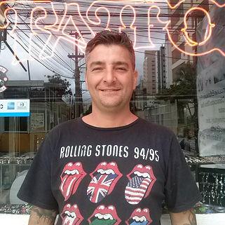 Alexandre Miklos, tatuador há mais de 20 ano na cidade de Osasco e criador do Osasco Tattoo Festival