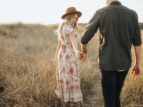 Graceful Couple's Engagement Shoot Inspiration