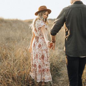 Graceful Couple's Engagement Shoot Inspiration