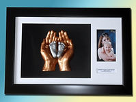 Cast & Frame mother & child frame (castandframe)